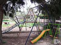 Swing set for a children's playground in Elche, Alicante (Spain)